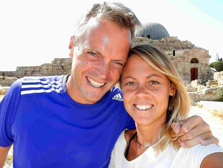FLASHPACKER | Karin und Henning vor der Zitadelle in Amman