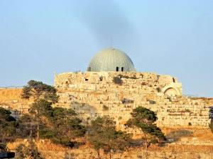 Jordanien | Zitdelle in Amman, Blick aus der Stadt in Richtung Zitadellenhügel