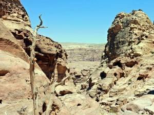 Petra Jordanien | Blick auf dem Weg vom Kloster Ad Deir Richtung Königsgräber