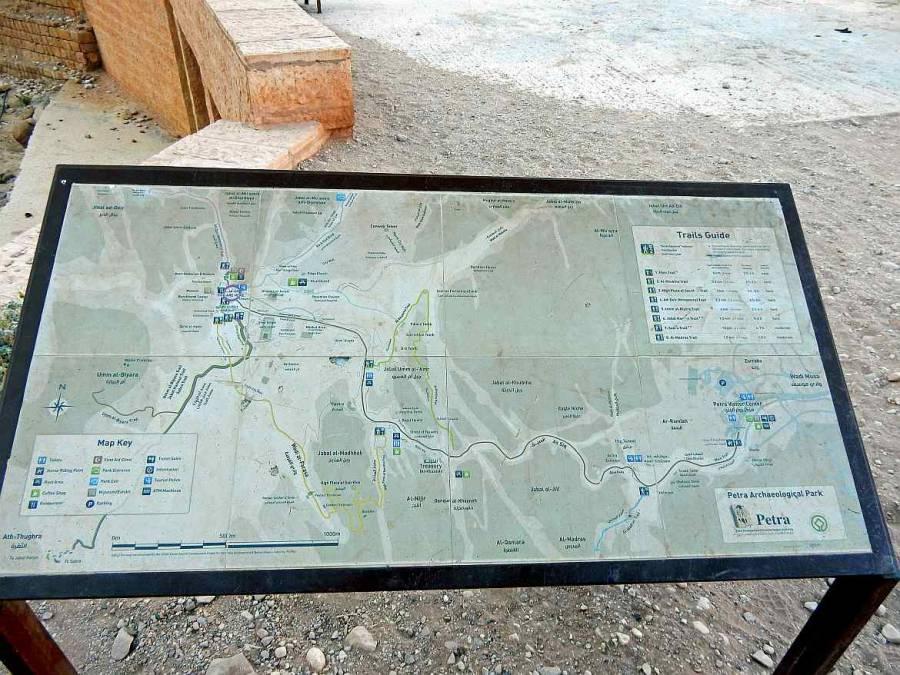 Petra Jordanien | Übersicht der Trails in der Felsenstadt abgebildet auf einer Karte