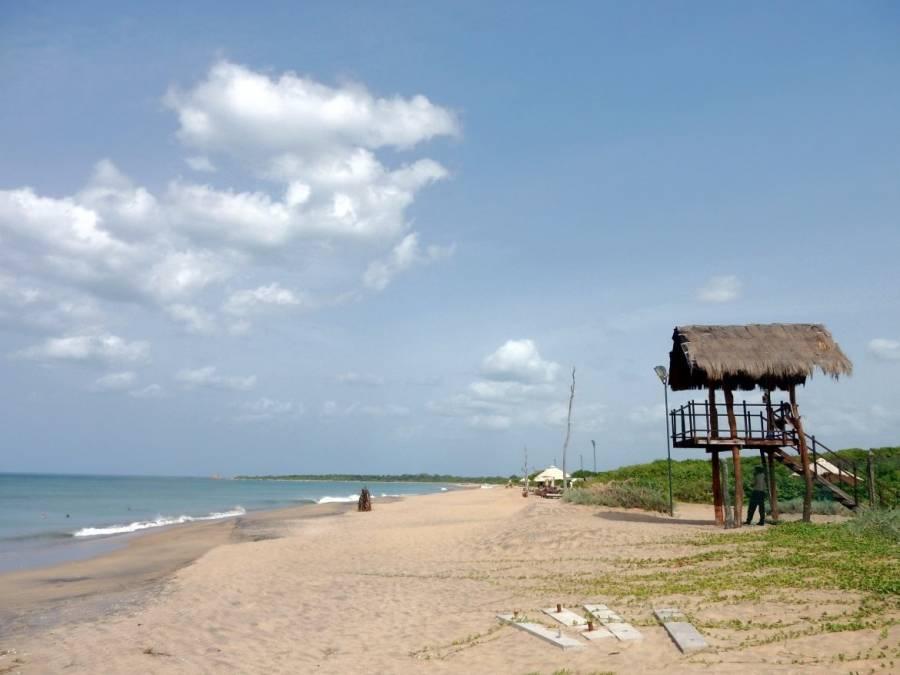 Sri Lanka | Der traumhafte einsame Nilaveli Beach mit Blick Richtung Norden