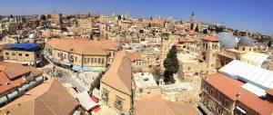 Jerusalem | Die Altstadt vom Turm aus betrachtet. Von hier aus erkennt man die wahre Größe der Grabeskirche