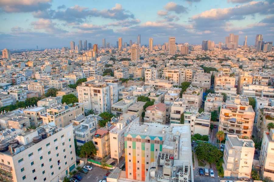 Tel Aviv | Luftbild der Innenstadt im Sonnenlicht