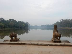 Kambodscha | Fluss am Tempel Angkor Wat