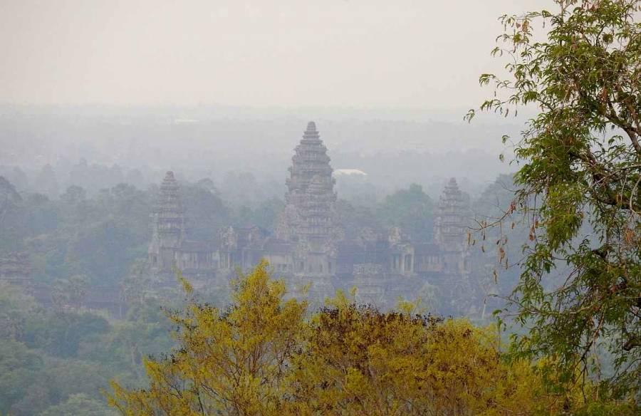 Kambodscha | Sonnenuntergang von Angkor Wat Weltwunder aus Sicht des Phnom Bakheng Berg