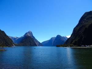 Neuseeland | Südinsel, Milford Sound Startpunkt der Cruise. Blick auf die Fjorde, Berge und das Meer