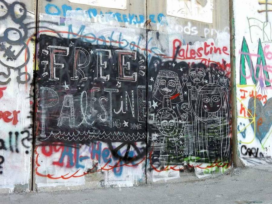 """Typischer """"Free Palestine""""-Aufruf an der Mauer in Bethlehem"""