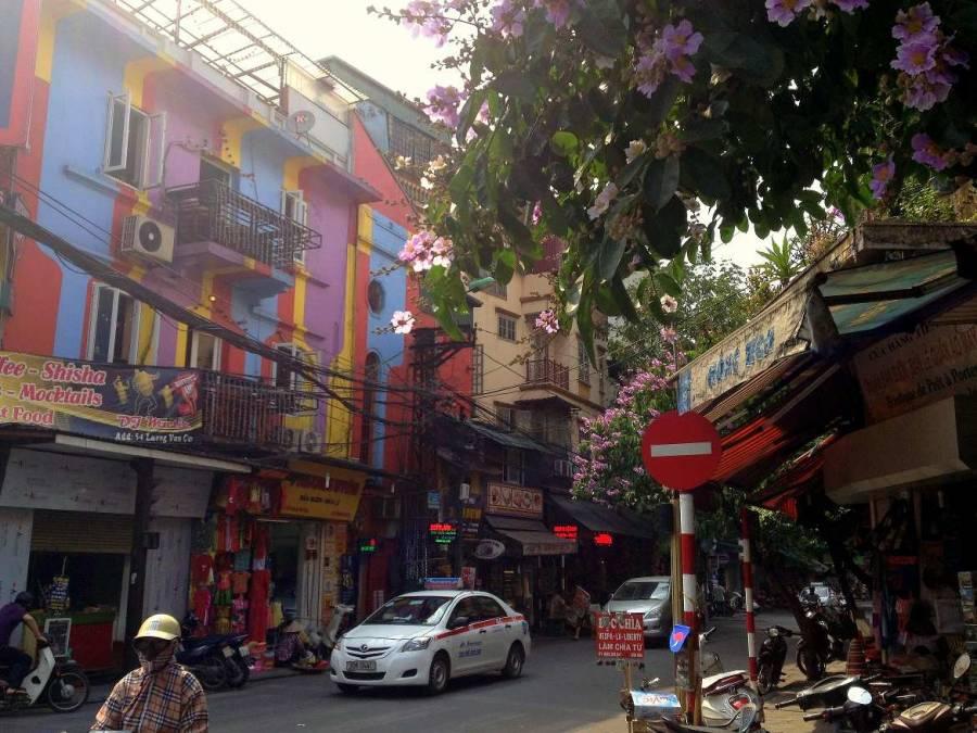 Vietnam | Norden, Wunderschöne bunte Häuser in der Altstadt von Hanoi