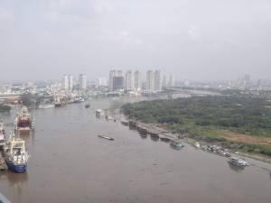 Vietnam | Süden, Panorama auf den Mekong, Boote und die Skyline von Ho Chi Minh City von oben