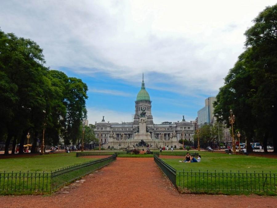 Buenos Aires | Sehenswürdigkeiten: Der majästetische Kongress mit Park davor