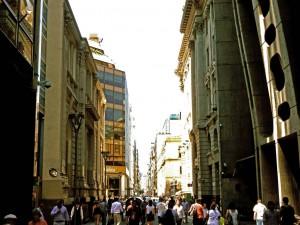 Argentinien | Das lebhafte Zentrum von Buenos Aires mit zahlreichen Passanten
