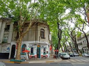 Argentinien | Cafe an einer Straßenecke in Buenos Aires Palermo