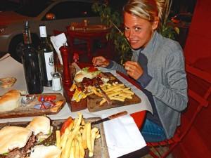 Argentinien | Dinner mit Pommes und Steak in Buenos Aires Palermo