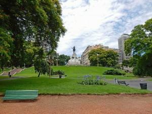 Argentinien | Buenos Aires, der beliebte Plaza San Martin in Retiro