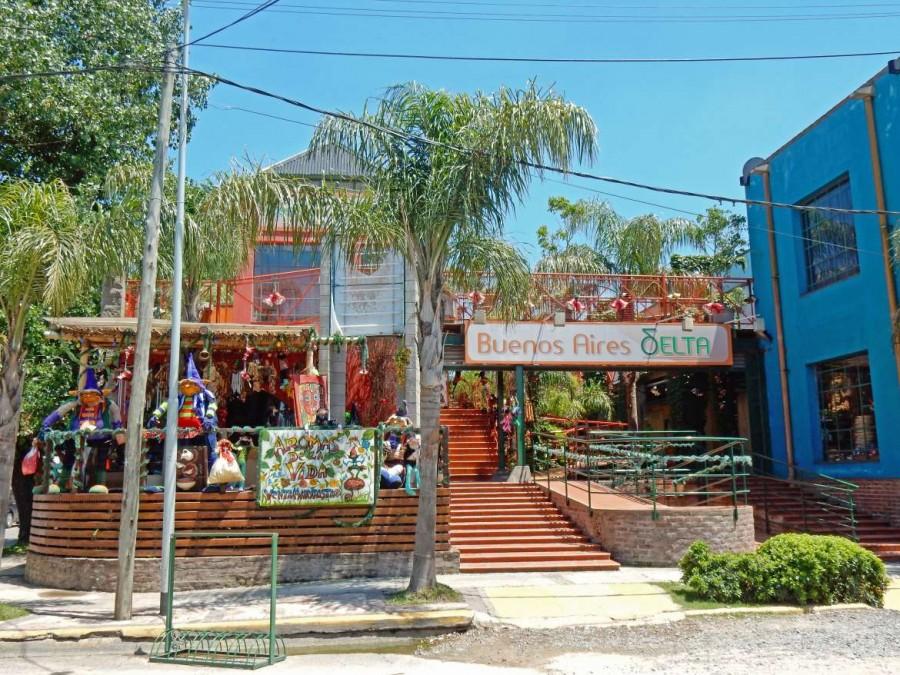 Argentinien | Typisch entspanntes und liebevoll dekoriertes Restaurant in Tigre