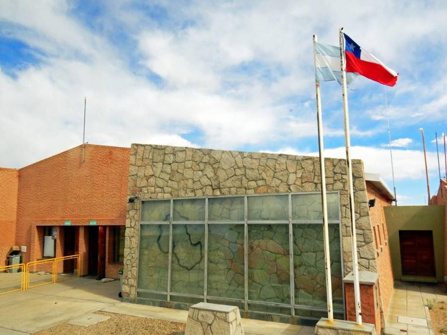 Argentinien   Die Grenze Argentinien und Chile bei der Grenzüberquerung von Salta nach San Pedro de Atacama