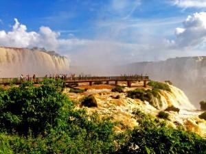 Iguazu-Wasserfälle | Die beliebte Plattform über dem Garganta Diabolo (Teufelsschlund) Parque Nacional Iguazu