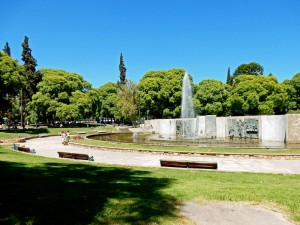 Argentinien | Fontäne und Brunnen am Plaza Independencia in Mendoza