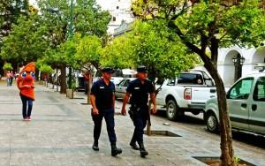 Argentinien | Empanada verfolgt Polizei