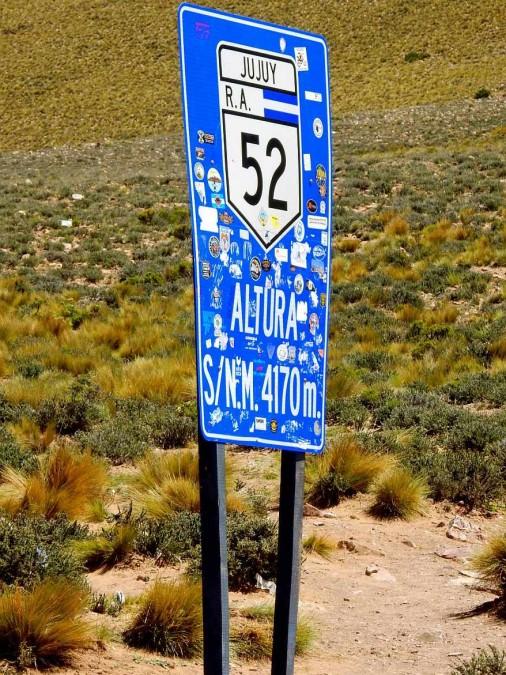 Argentinien   Die Passhöhe Altos de Morado 4170m ist erreicht auf dem Weg von Salta zu den Salinas Grandes
