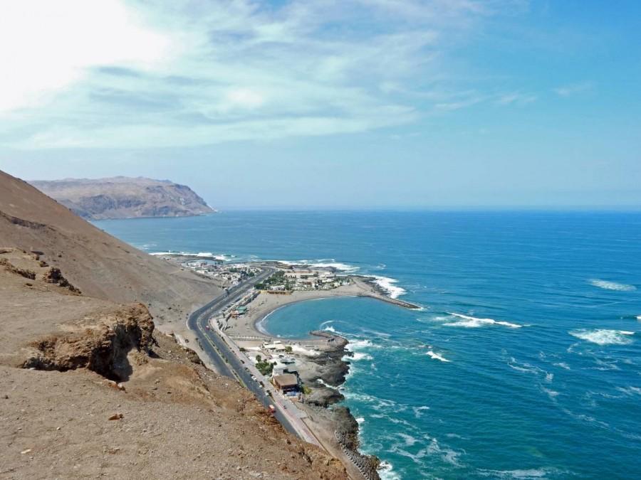 Chile | Panorama vom El Morro in Arica Richtung Süden. Blick über die Küste