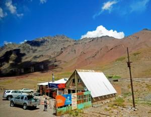 Chile | Bus Santiago - Mendoza, Raststätte am Paso Internacional Los Libertadores bzw. Uspallata Pass