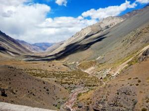 Chile | Bus Santiago - Mendoza, Tal am Paso Internacional Los Libertadores bzw. Uspallata Pass