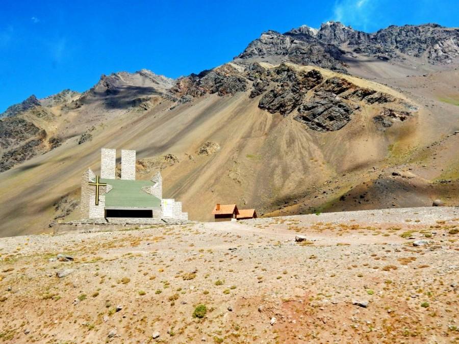 Chile | Bus Santiago - Mendoza, Kirche am Paso Internacional Los Libertadores bzw. Uspallata Pass
