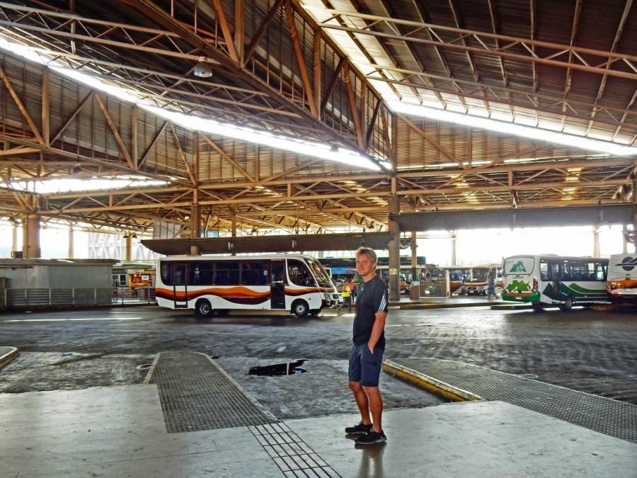 Busfahren | Chile: Warten auf den Bus von Santiago nach Mendoza am Terminal Sur