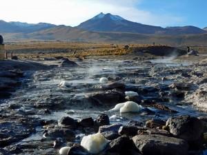 Atacama-Wüste| interessante Orte: Vulkanlandschaft im Gebiet der Tatio Geysire
