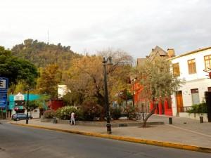 Chile | Typischer Platz im Stadtviertel Bellavista in Santiago