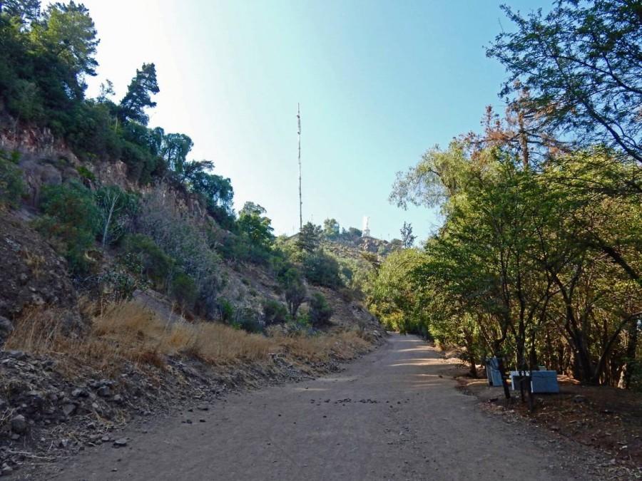 Santiago de Chile | interessante Orte: Der Weg zu Fuß auf den Cerro San Cristobal