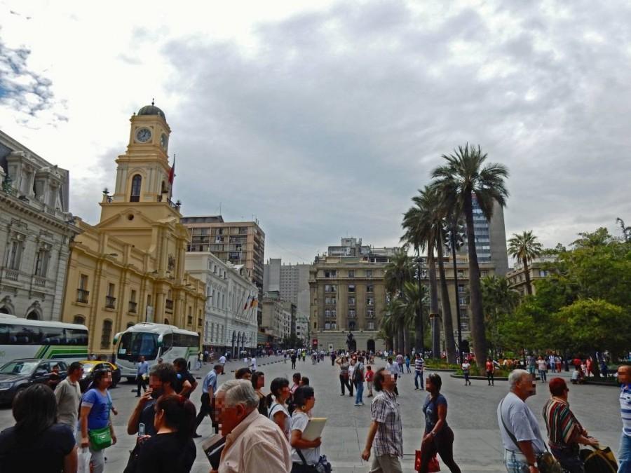 Santiago de Chile | Sehenswürdigkeiten: Plaza de Armas im Zentrum. Touristen starten hier meist ihre Stadtrundgänge