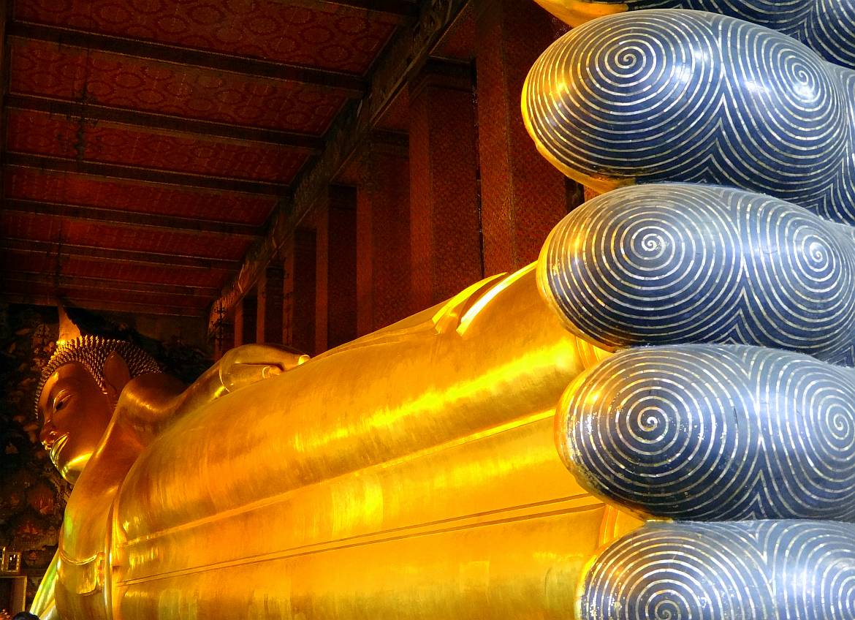 Thailand | Goldener liegender Buddha im Wat Pho in Bangkok