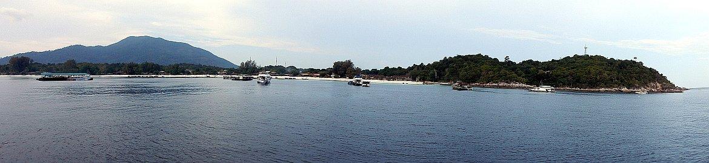 Thailand | Panorama auf Ko Lanta von der Fähre aus