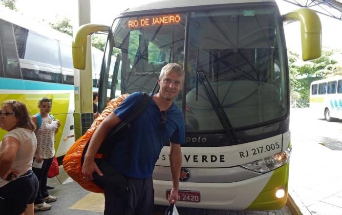 Brasilien | Busfahren: Ilha Grande, Abfahrt aus Agra dos Reis zurück nach Rio de Janeiro mit dem Bus von Costa Verde