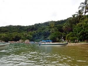 Brasilien | Ilha Grande, Bootsanleger in der Nähe vom Lopes-Mendes-Strand