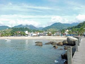 Brasilien | Ilha Grande, Ankunft am Bootsanleger von Abraao, dem Hauptdorf der Insel