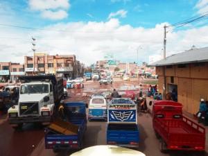 Peru | Straßen sind unpassierbar, es herrscht Chaos in Juliaca