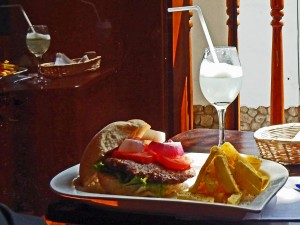Peru | Alpaca Burger & Pisco Sour