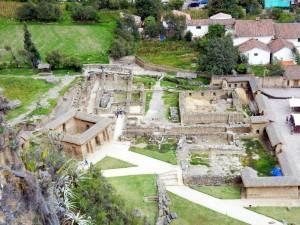 Peru | Heiliges Tal, Eingang zu den Ruinen von Ollantaytambo von oben fotografiert