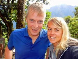 Peru | Machu Picchu, Aufstieg zur Inka-Stadt geschafft. Karin und Henning als Selfie nach anstrengendem Weg zur Ruine