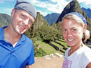 Peru | Machu Picchu, Selfie von Karin und Henning mit Huayna Picchu im Hintergrund