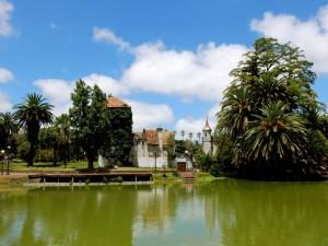 Montevideo | interessante Orte: Das Castillo im Parque Rodo ist heute eine Kinderbücherei