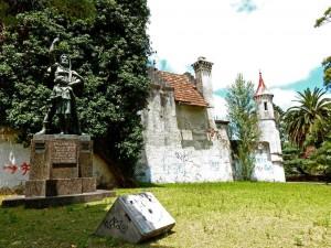 Uruguay | Montevideo, Auch Wilhelm Tell hat als Denkmal im Parque Rodo vor dem Schlösschen ein schönes Plätzchen gefunden