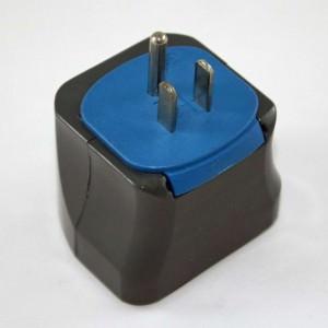 Reiseadapter | Steckdosenadapter, Typ-B-Stecker, an Steckdosen vom Typ B passen auch Stecker vom Typ A