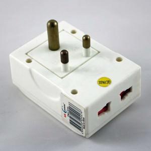 Reiseadapter | Steckdosenadapter, Typ-D-Stecker