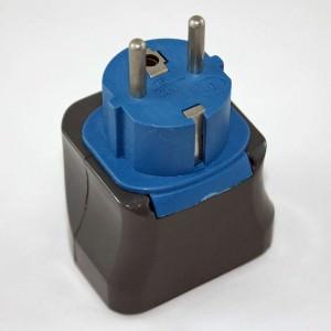 Reiseadapter | Steckdosenadapter, Typ-E-Stecker, an Steckdosen vom Typ E passt auch der Eurostecker Typ C