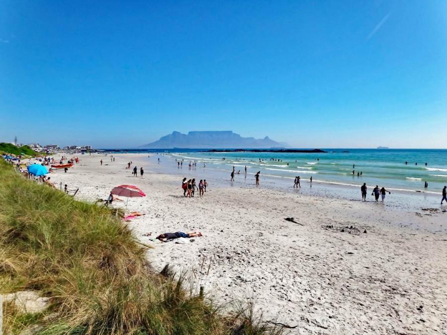 Südafrika | Kapstadt, Blick auf den Tafelberg vom Blouberg Beach