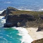 Südafrika | Kapstadt Kap-Halbinsel, Dias Beach und Kap der Guten Hoffnung. Blick von oben auf die Bucht und das Meer bei Sonnenschein
